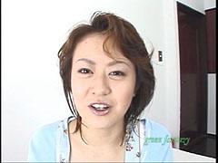 巨乳エプロン 01