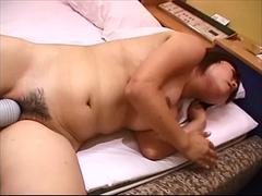 カワイイ系巨乳娘と水中セックス