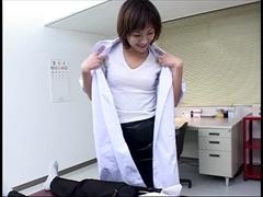 美人女医の特別な診察