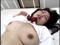 おしゃぶり大好き巨乳制服娘の淫乱ボディ...thumbnai2