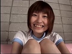 美少女ブルマ 〜電マ攻めで溢れる蜜液〜