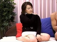 ちょっとどころかかなりエロい爆乳お姉さんが初めて人前でセックスしちゃいました