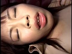 責められて濡れる秘唇・溢れる愛液 2